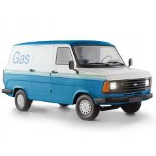 ITA3687 Italeri 1:24 Ford Transit Van MKII